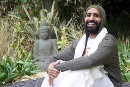 Chakra Yoga Teacher Training mit Shiva Shankar, Rishikesh Indien