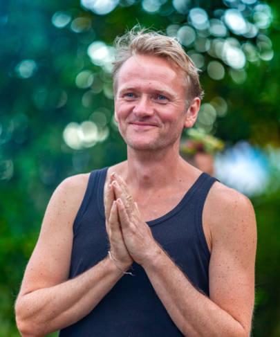 Online Yoga Stunde immer Montag 20.00 Uhr